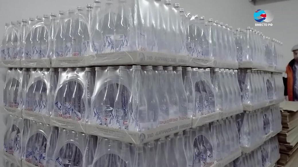 В государственной думе хотят обязать магазины торговать воду по15 руб. забутылку